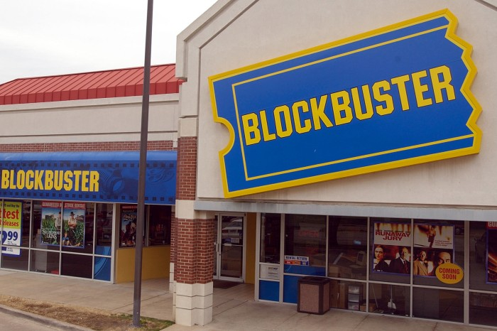It's Official, There is Only One Blockbuster Video Left on Earth!