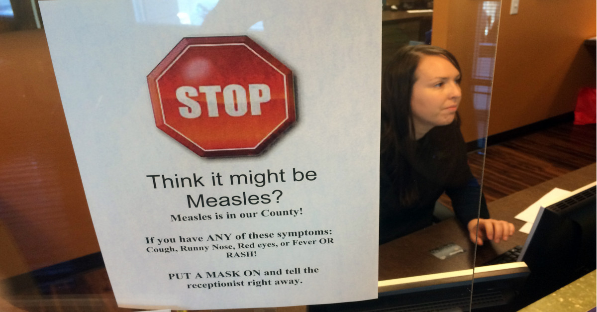 Possible measles outbreak in Texas county has school officials on guard