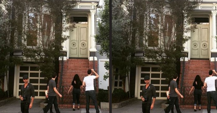 John Stamos visited the Full House and took this awesome photo