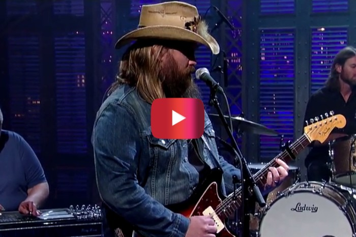 Chris Stapleton surprised an audience with a cover of one of music's most iconic songs