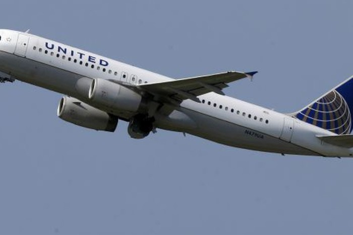 United Airlines provides relief to hurricane victims