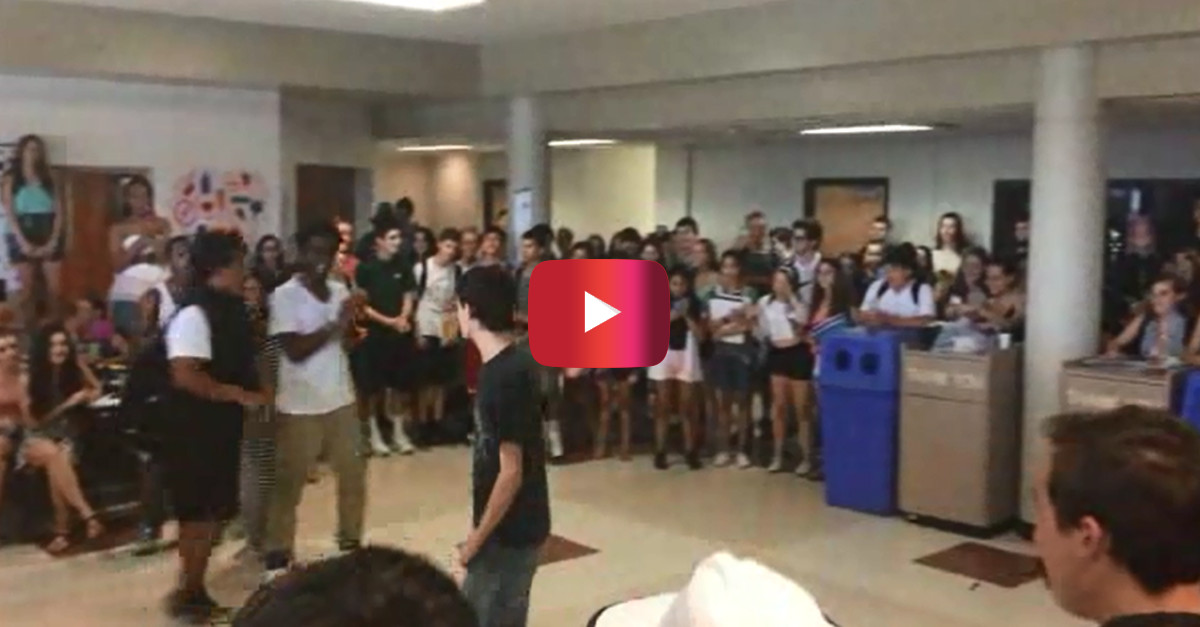 These kids attracted quite a crowd at school with their battle — but it's not the type you might expect