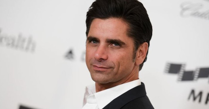 John Stamos tweets adorable throwback photo of the time he met Miley Cyrus