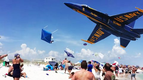 Spectators Get Their World Rocked When Blue Angels Pass Over Beach