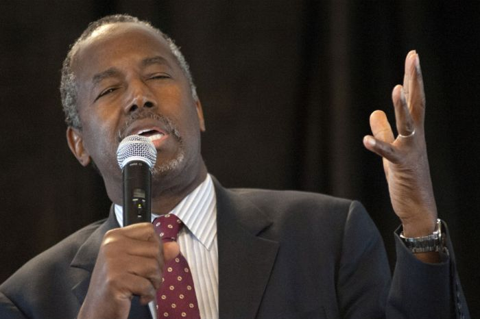 Ben Carson draws fire for saying a Muslim shouldn't be allowed to do this