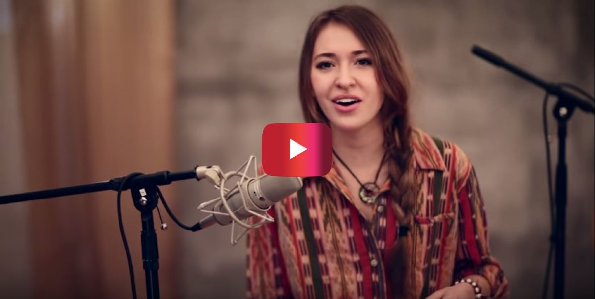 "Lauren Daigle's acoustical version of ""In Christ Alone"" is absolutely gorgeous"