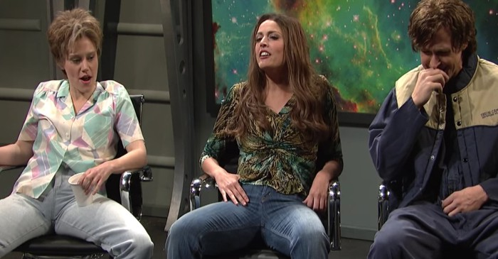 SNL Cast Members Can't Keep a Straight Face in Both These Skits