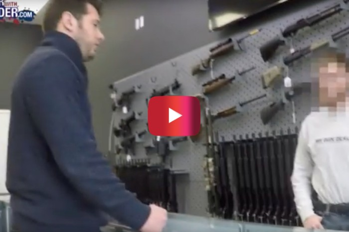 "Watch how gun vendors reacted to a comedian trying to exploit the ""gun show loophole"""