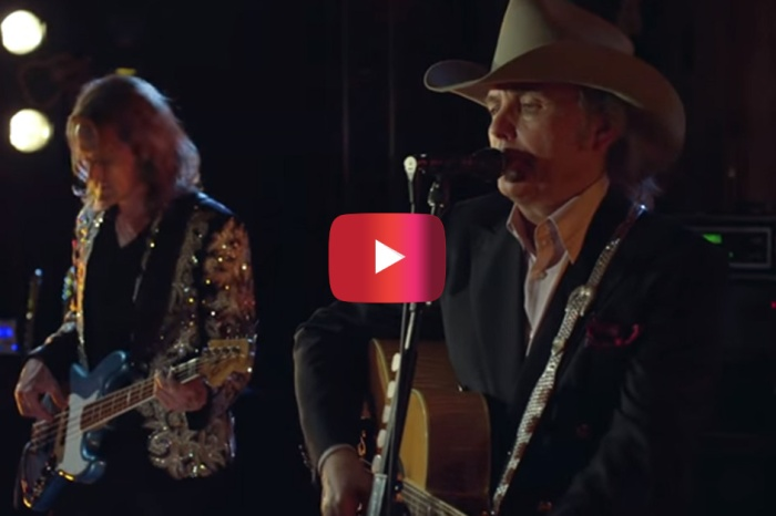 Dwight Yoakam reminds us of what's good in country