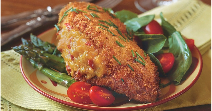You're going to want to try this 15 minute pimento cheese stuffed chicken