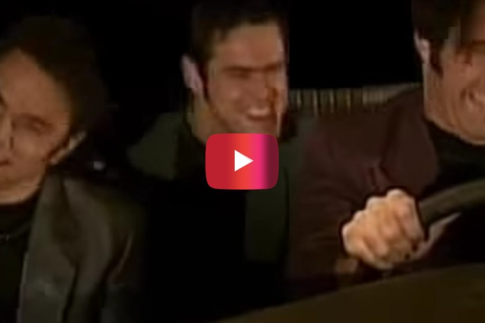 "This legendary SNL skit with Jim Carrey redefines the question ""What Is Love?"""