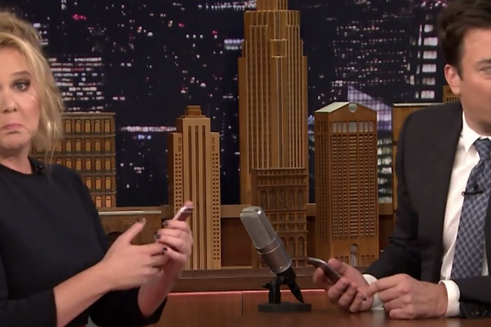 "Amy Schumer returns to ""The Tonight Show"" to show Jimmy Fallon what's on her phone"