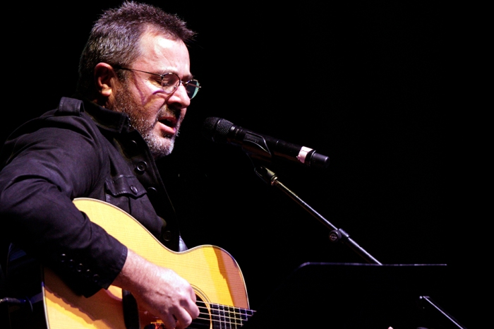Vince Gill came up with the perfect gift to make up for forgetting his wife's birthday