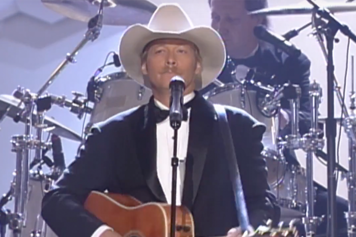 "The night Alan Jackson stood up for George Jones is one of the most memorable ""CMA Awards"" moments ever"