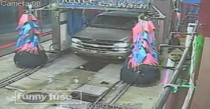 This is the absolute dumbest thing we've ever seen anyone do at a car wash