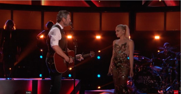 Blake Shelton and Gwen Stefani just put their love on display for the world