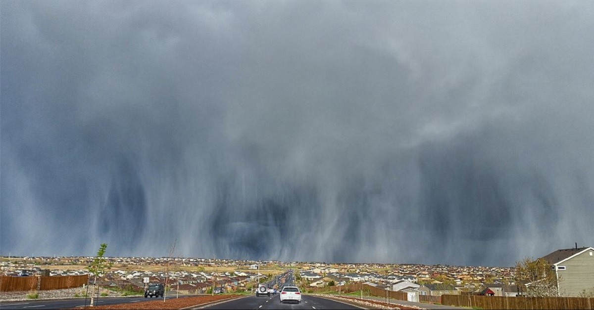 This magnificent photo of hail streaks in Colorado will totally blow your mind