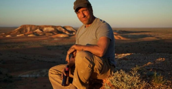 Mike Rowe was asked what the funniest joke he ever heard was, and he did not disappoint