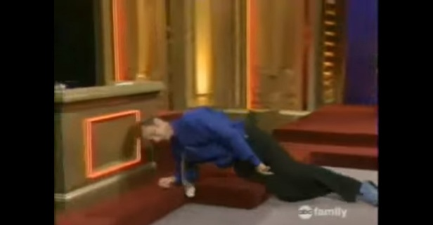"""Whose Line"" hilariously stayed in character despite a legit injury on set"