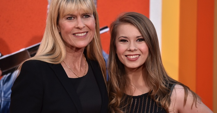 "Bindi Irwin makes it clear that her late father is still ""very much"" her mother's soulmate"