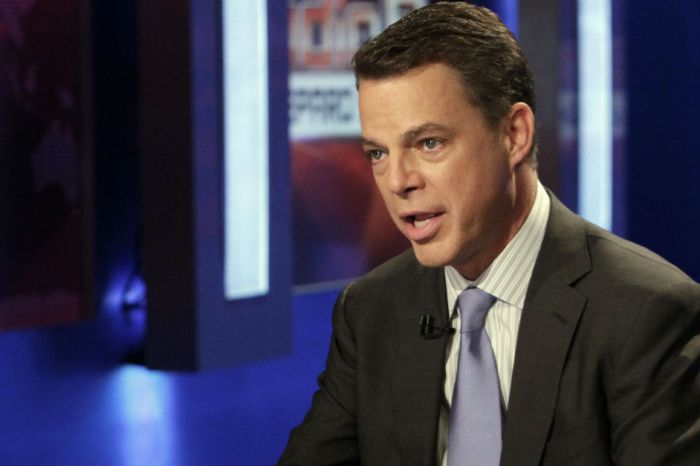 "Shepard Smith fondly remembers ""shaper of American history"" Roger Ailes"
