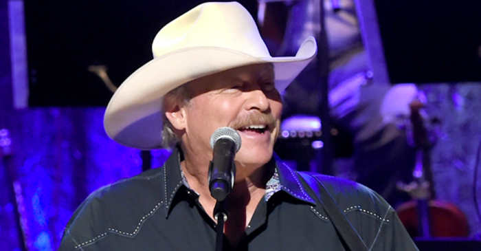 Alan Jackson just sang a tribute to Randy Travis that stands the test of time