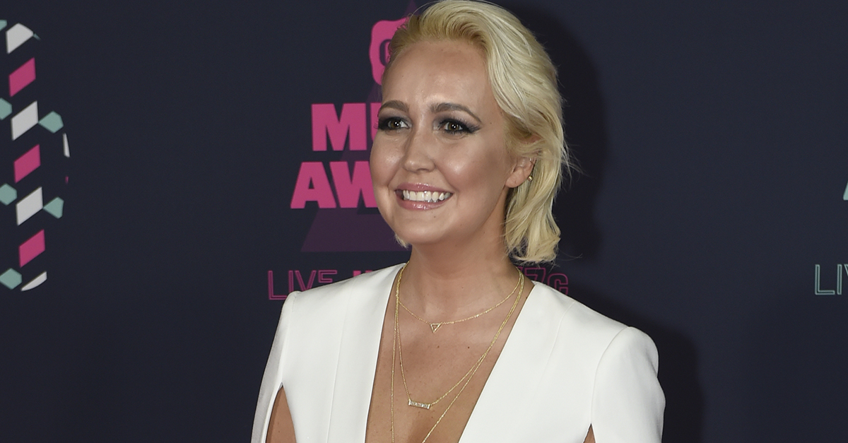 """""""The Voice"""" Meghan Linsey reveals how close she was to never singing again"""