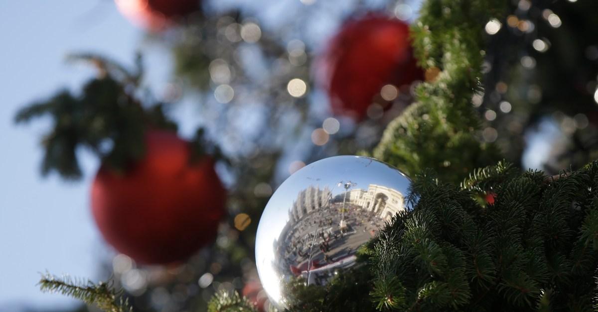 10 ways to simplify your holiday season