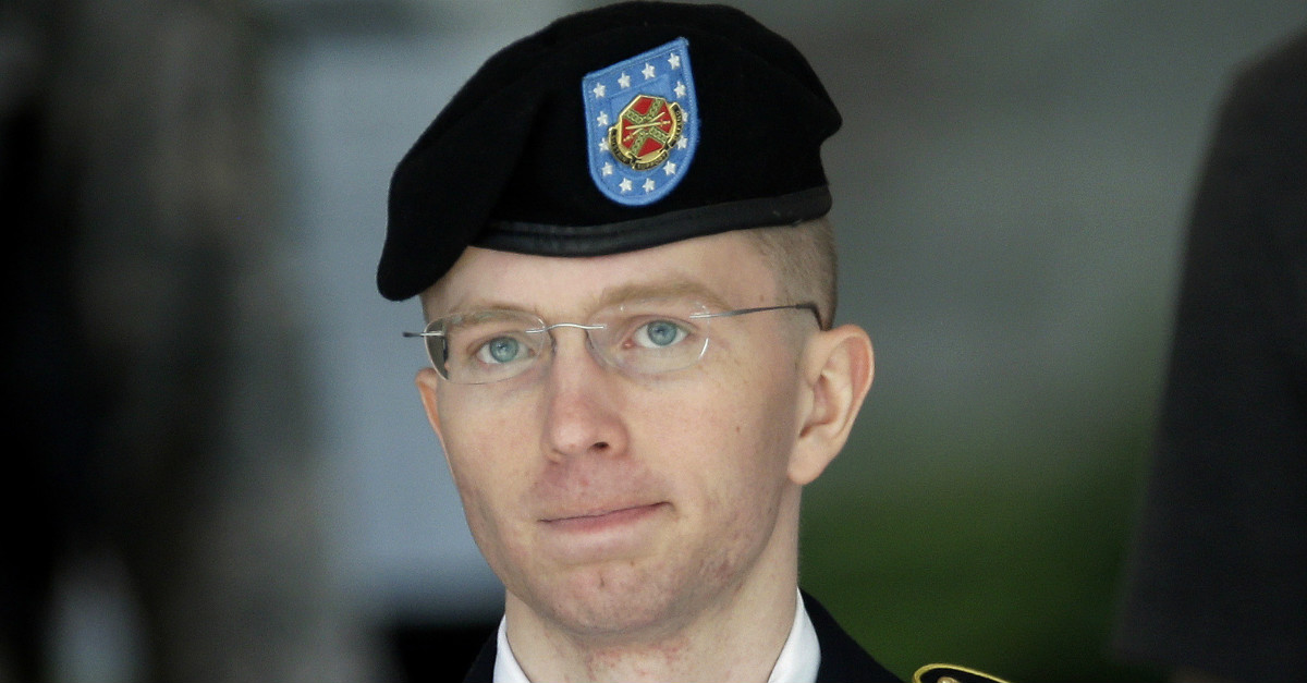 No, Chelsea Manning's leaks did not result in any deaths