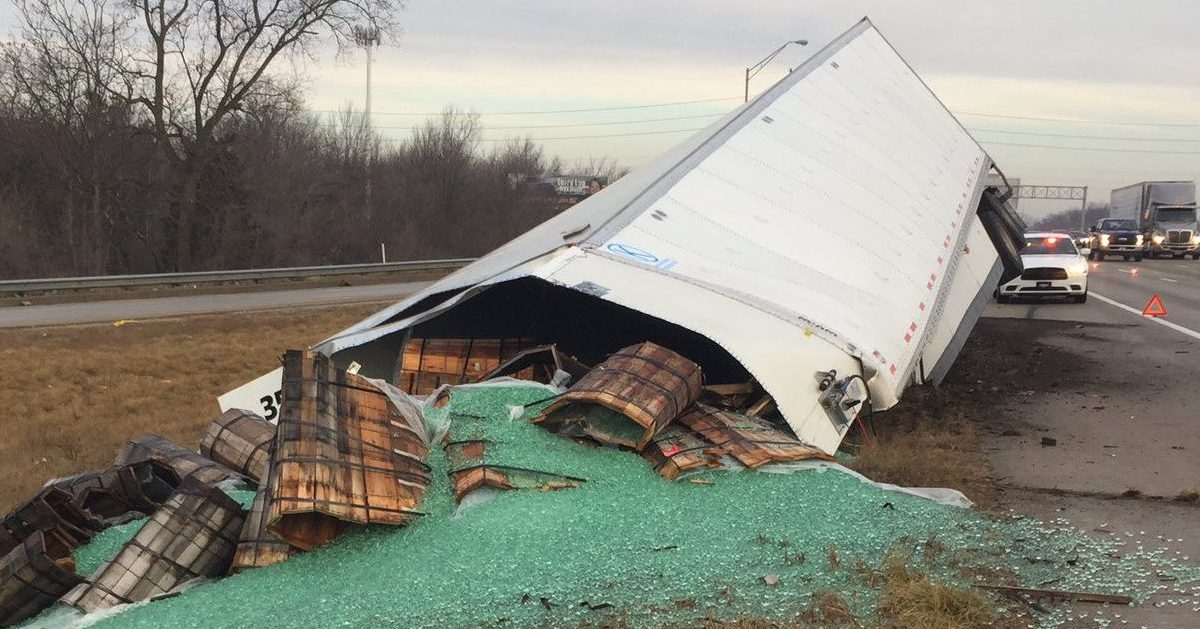 Trucker completely loses his marbles near Indianapolis
