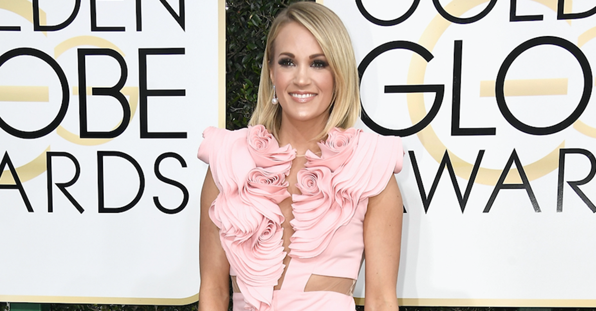 """""""Fashion Police"""" trash talked Carrie Underwood's Golden Globes dress – and her fans aren't happy"""