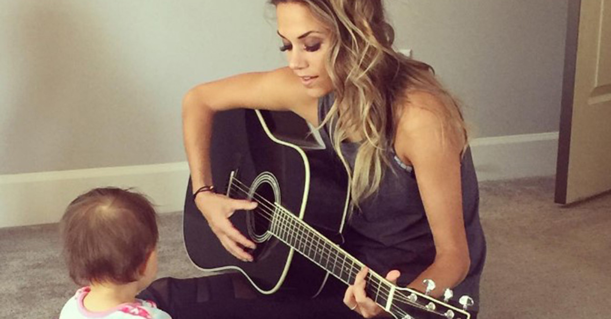 Jana Kramer faces a new year with hope and optimism after a painful 2016