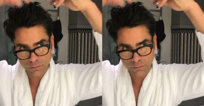 John Stamos gives himself a haircut that would make Uncle Jesse proud