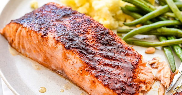 Think salmon is too complicated? This maple-crusted version cooks in just 10 minutes