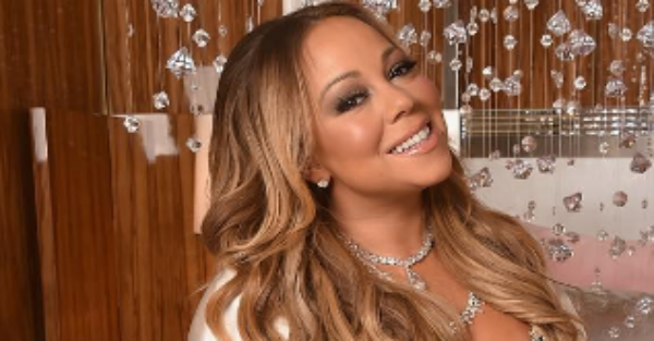 A visibly angry Mariah Carey throws shade at a fellow star, and part of her answer had to be bleeped out