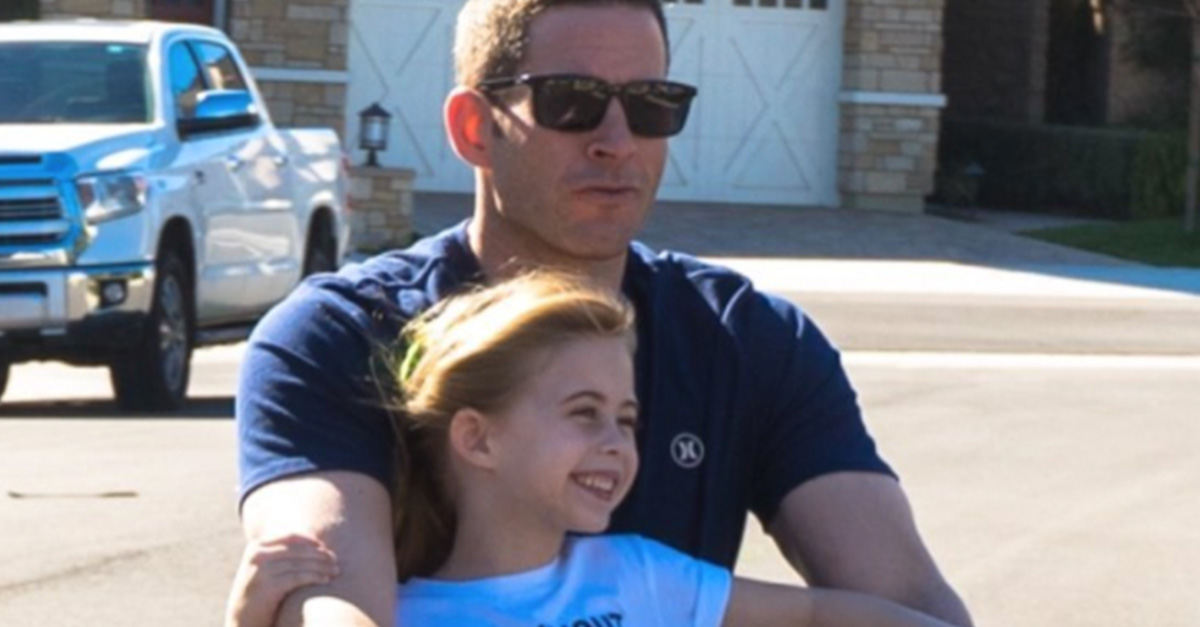 """Amid his public divorce, Tarek El Moussa of """"Flip or Flop"""" shares precious moments with his children"""