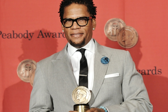 D.L. Hughley had a mouthful for those offended by Kathy Griffin's photo but not by Ted Nugent's statements