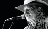 willie-nelson-black-and-white