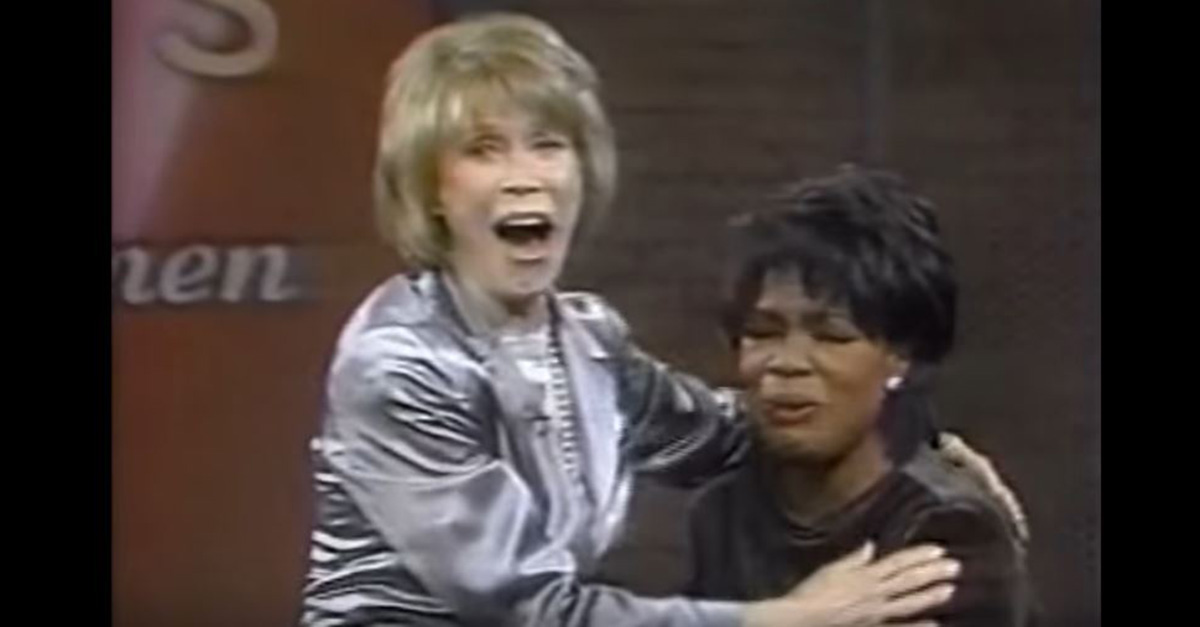 "Oprah got choked up while talking about her good friend and ""role model"" Mary Tyler Moore"