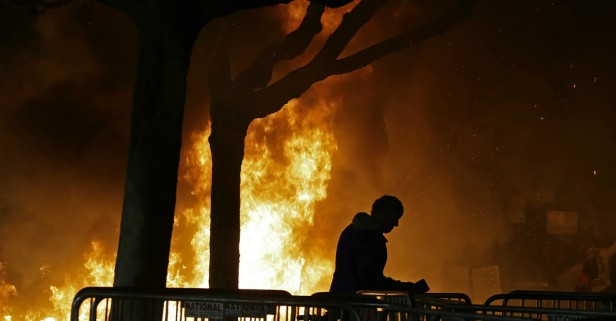Neck-bearded anarchist whackjobs, not UC Berkeley, bear responsibility for anti-Milo violence