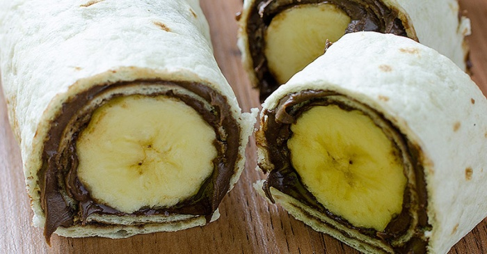 Say hello to your new favorite snack — 3-ingredient banana Nutella sushi