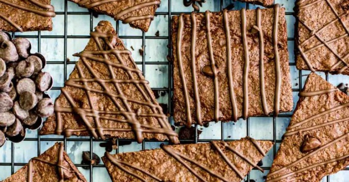 Homemade brownie brittle is so much better than the store-bought kind