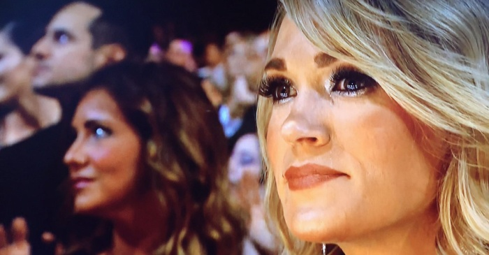 Carrie Underwood couldn't hold back her tears during the George Michael tribute at the Grammys