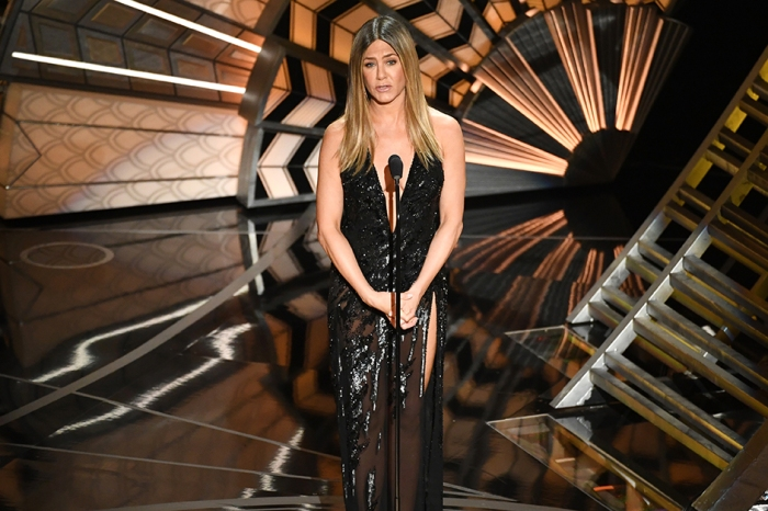 Jennifer Aniston fought back tears as she remembered the late Bill Paxton ahead of the Oscars In Memoriam