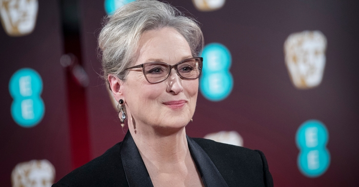 Meryl Streep is defending herself after a Chanel big wig accused her of ditching their gown for the Oscars