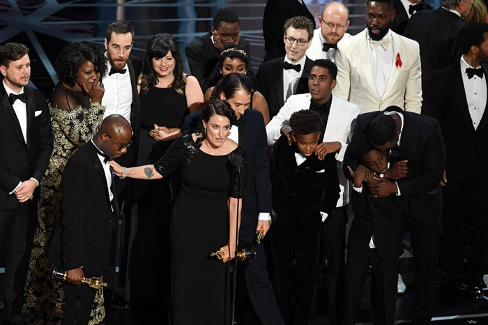 The Oscars presenters pulled a Steve Harvey and announced the wrong winner for Best Picture