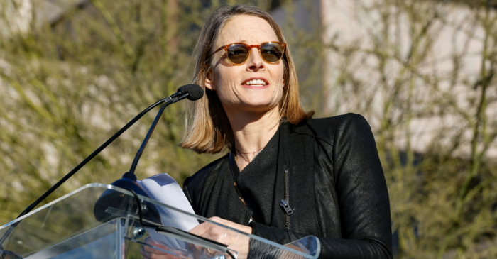 Jodie Foster speaks at refugee rally to encourage people to fight back against President Trump's travel ban