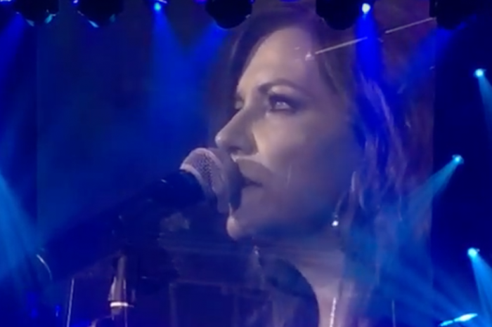 Watch Martina McBride create some unforgettable moments at her intimate Nashville show