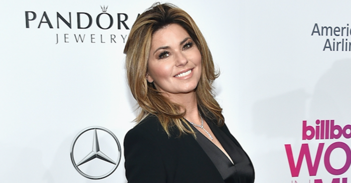 "Fans are overjoyed at Shania Twain's new role on ""The Voice"""