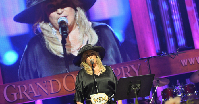 Watch this country legend sing a classic for her late parents at the Grand Ole Opry